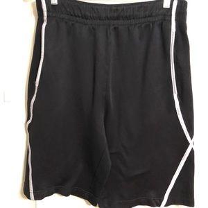 CSG men's basketball shorts Size L